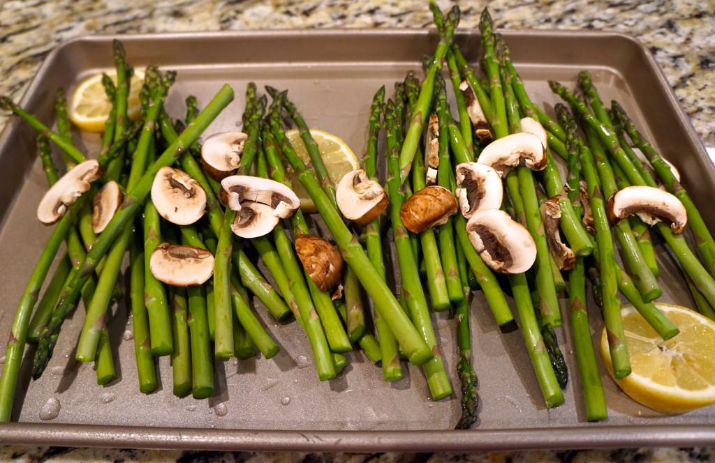 Roasted-asparagus-and-mushrooms