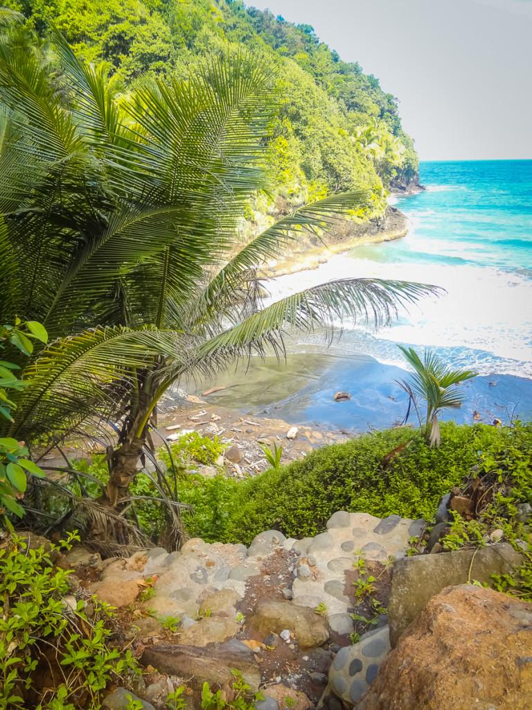 Domenica-Island