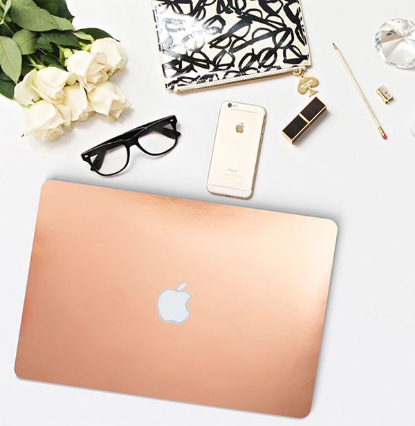 GOLD Macbook Air + Kate Spade BLOG Giveaway